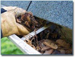 Чистка водосточной системы, крыши, желобов